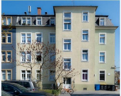 Dresden, Großenhainer Str. 177